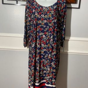 COPY - Harlow & Rose Fliral Midi Dress, Size 1X